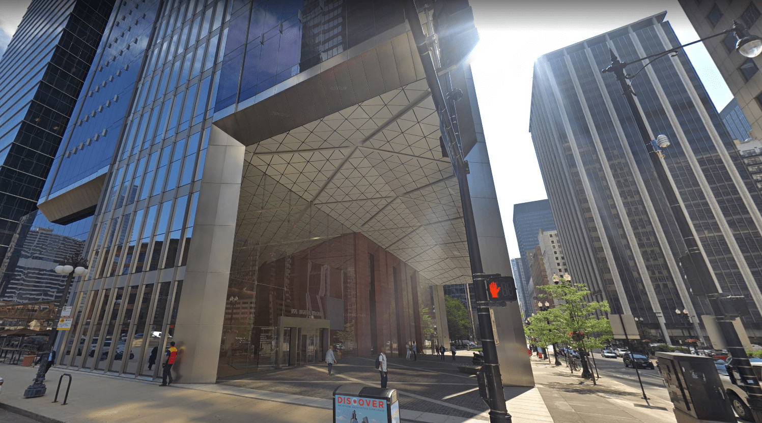 The Southwest corner of 155 North Wacker Drive. Image courtesy of Google Maps.