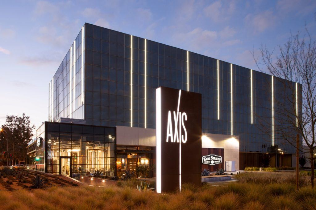 The IA team invited a craft brewery to open a restaurant on the corner of the property across from Angel Stadium of Anaheim. Stadium. Axis Campus, Anaheim, CA. Photography © Kim Rodgers.